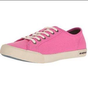 SeaVees Monterey Tie Boat Deck Pink Sneakers NWOB